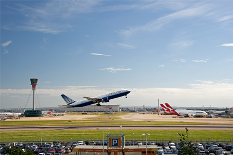 London Heathrow Airport posts record high for passenger traffic in 2017