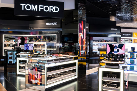 Tom Ford stamps identity on new Heathrow T3 boutique   Travel Retail ... 6c0f60d4b8c0
