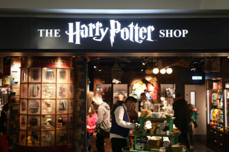 d227d327b45 Gatwick North adds Harry Potter Shop to retail spread