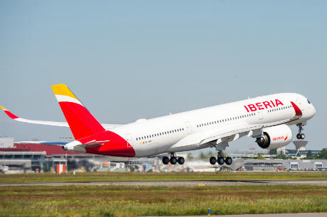 Inflight retailers 'battle for IAG Spanish contracts