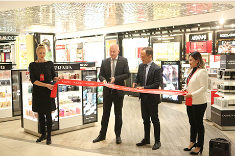 2b0b8f19d7 Dufry Group opens fully refurbished walkthrough DF store at Perth Airport